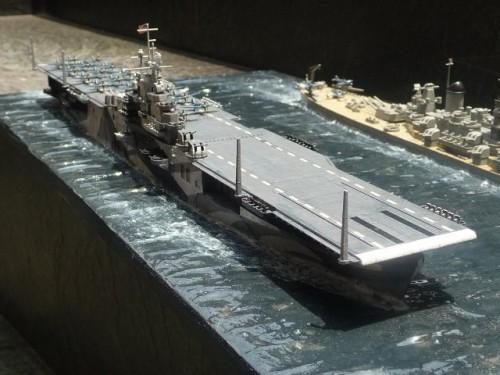 KG_EN_USS-INTREPID_CV-11_002