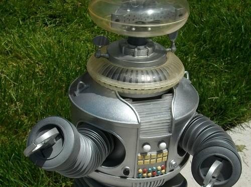 B9 robot 027