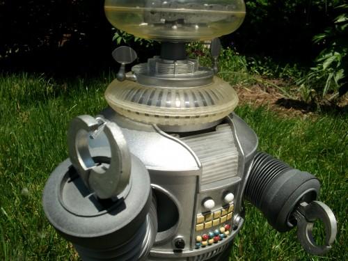 B9 robot 031