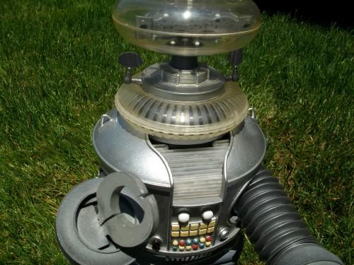 B9 robot 034