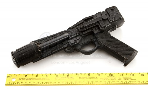 Battle_Star_Galactica_Production_Made_Colonial_Blaster_scale