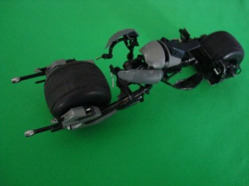 Moebius Bat-Pod 008