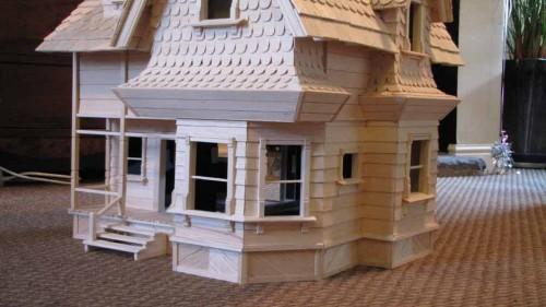 PIXAR-UP-HOUSE-BUILD-11