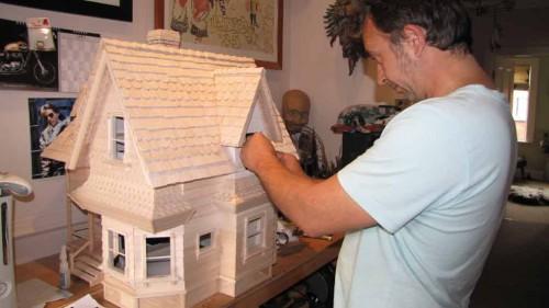 PIXAR-UP-HOUSE-BUILD-6
