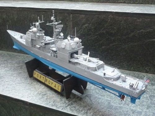 KG_EN_USS-PORT-ROYAL_CG-73_002