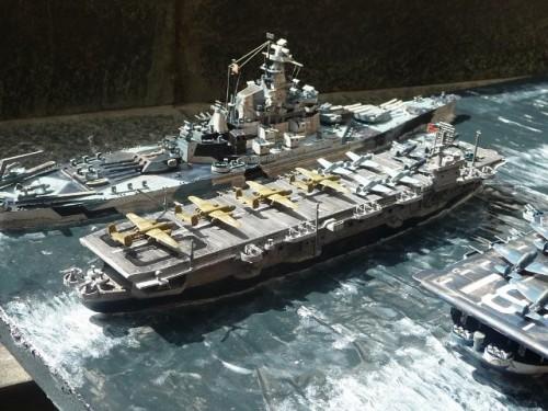 KG_EN_USS-ALTAMAHA_HMS-BATTLER_004