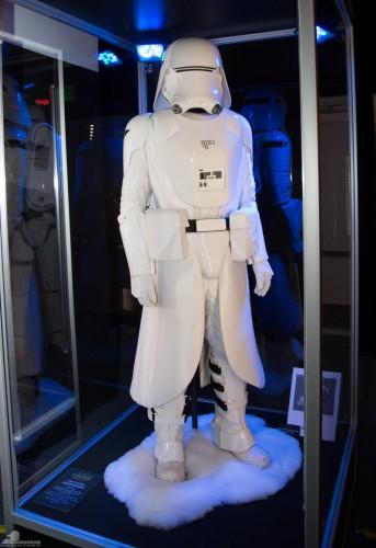 Star-Wars-Celebration-Anaheim-2015-The-Force-Awakens-069