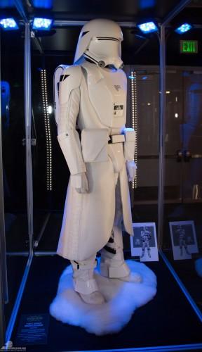 Star-Wars-Celebration-Anaheim-2015-The-Force-Awakens-070