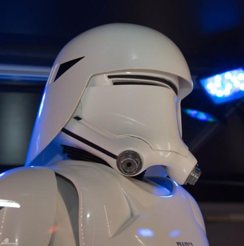 Star-Wars-Celebration-Anaheim-2015-The-Force-Awakens-079