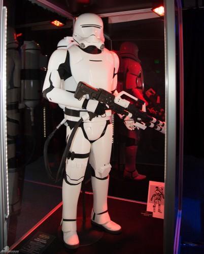 Star-Wars-Celebration-Anaheim-2015-The-Force-Awakens-083