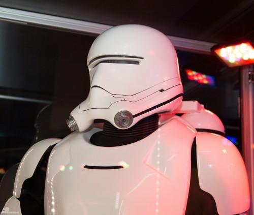 Star-Wars-Celebration-Anaheim-2015-The-Force-Awakens-087