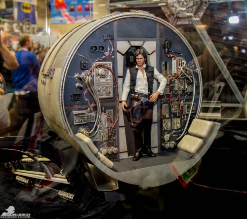 Hot-Toys-Display-2015-San-Diego-Comic-Con-SDCC-083