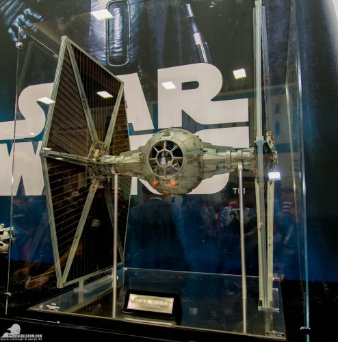 Hot-Toys-Display-2015-San-Diego-Comic-Con-SDCC-084