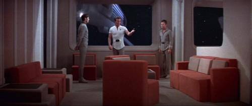 s_lounge,_Constitution_class_refit
