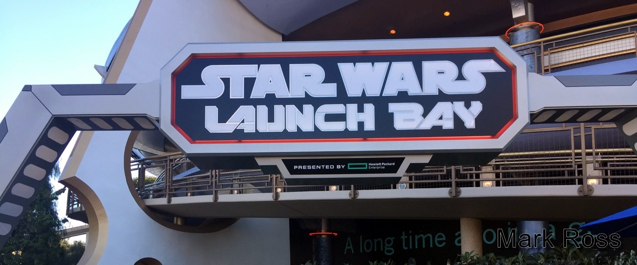 2015 Disneyland Star Wars Launch Bay - Mark Ross035