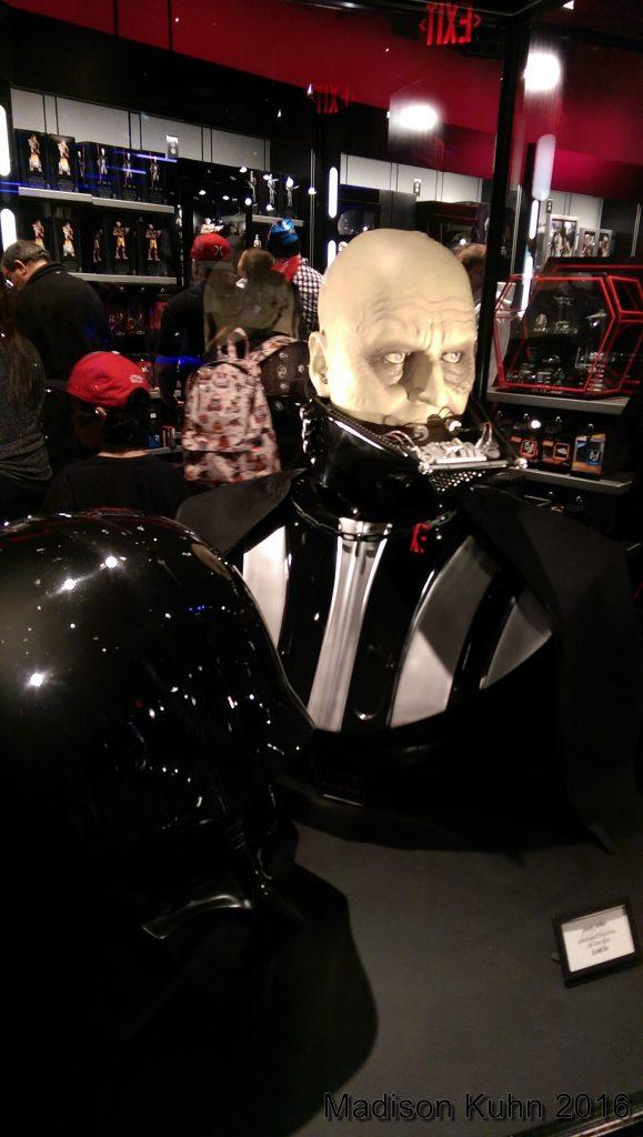2015 Disneyland Star Wars Launchbay - Madison Kuhn002